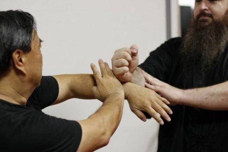Kāi shǒu (開手) O abrir das mãos